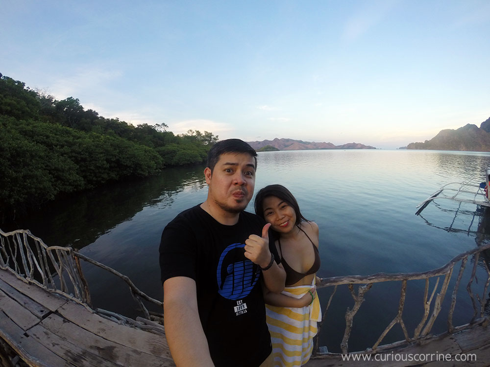 The sea and a mangrove forest are just behind the hot springs!